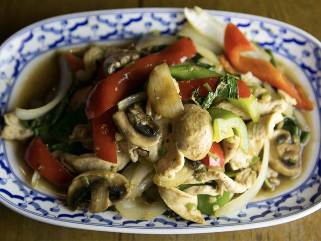 Thai Food and Garlic: Good for Your Health!