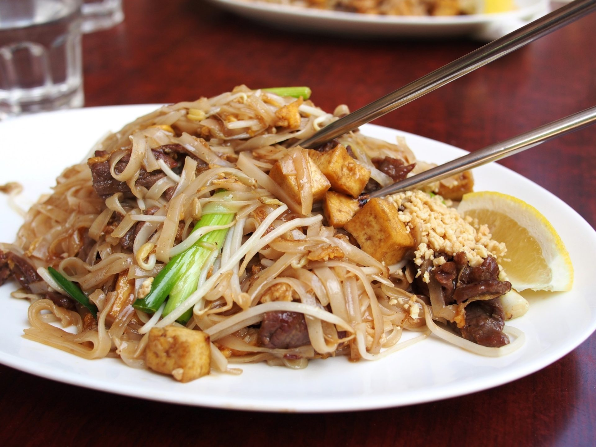 Dinner Done Right: The 6 Best Thai Dishes to Order at a Restaurant