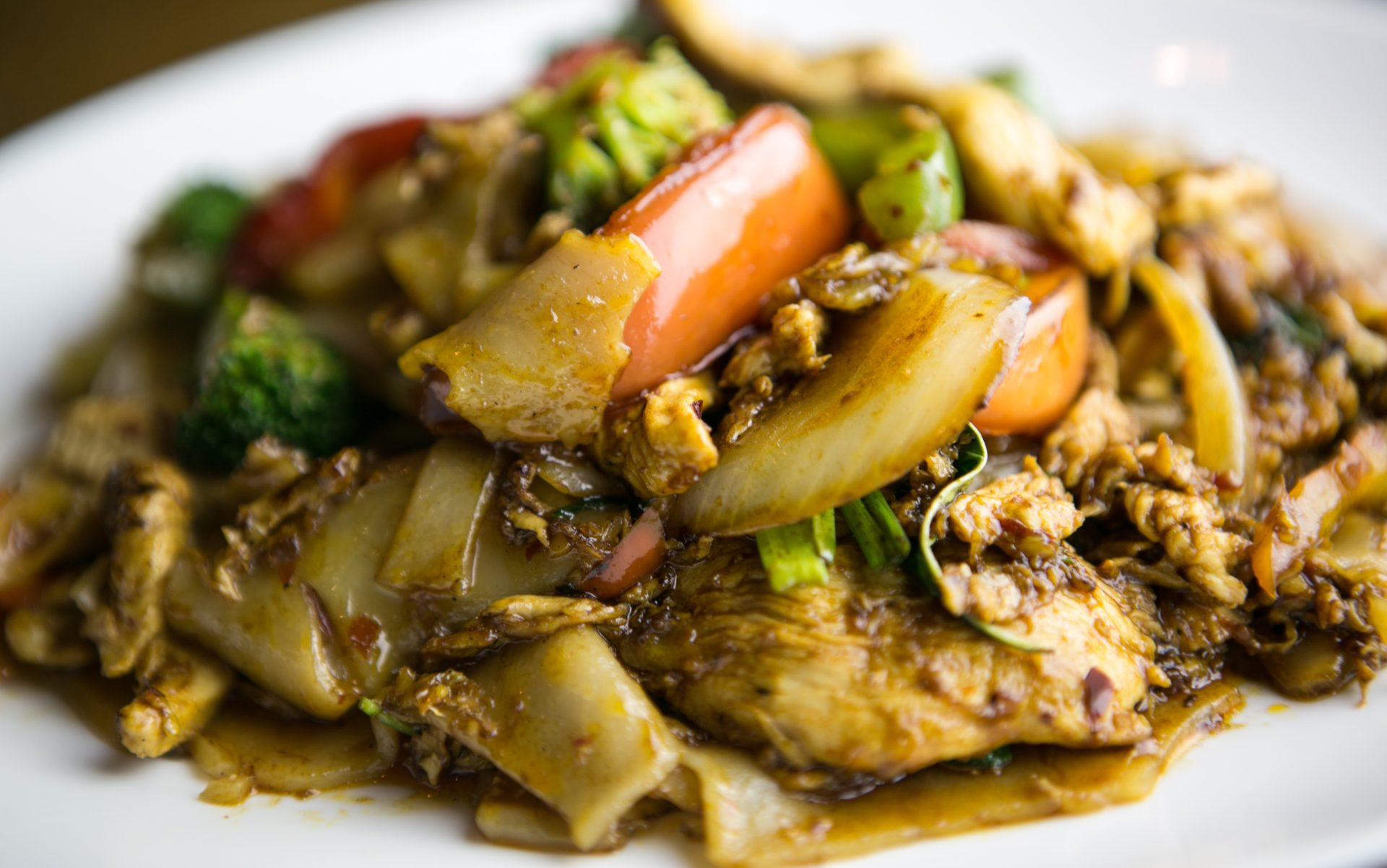 Oodles of Noodles: Top 5 Thai Noodle Dishes in Seattle